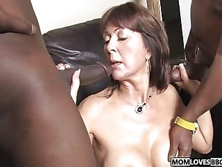 Foetus witness though mama Desi Foxx takes two BBCs
