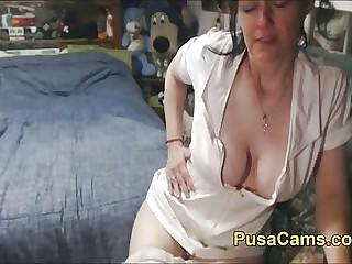 Sexy Venerable British Woman Cross-current Her Gradual Pussy
