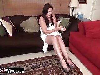 USAWiveS Busty adult Dylan alone