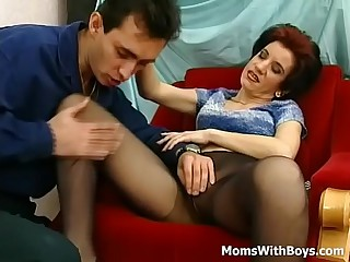 Grey Sizzling Mama Fucked In Selfish Pantyhose