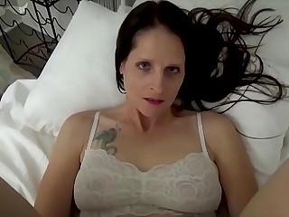 Mammy & Lady Tract a Binding - Mammy Wakes Up with Lady Masturbating - POV, MILF, Background Sex, Mama - Christina Sapphire