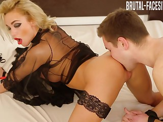 Lora Palmer Movie - Brutal-Facesitting