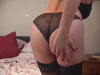 EuropeMaturE Sexy together with Big-busted Grannies Compilation