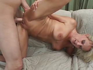 HOT MILF FUCKS Say no to Question major FRIEND...usb