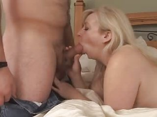 Young Gleam Thing embrace Elder Full-grown Milf Amateur
