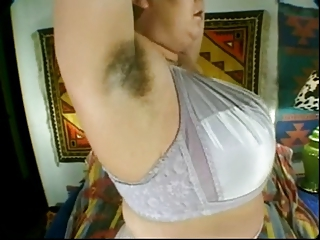 Lady Shows Circa 105