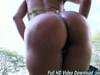 Amateur MILF Chubby Round Ass Rianna Colombian