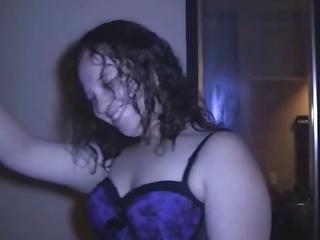 Lacklustre curvy girl near purple likes black man
